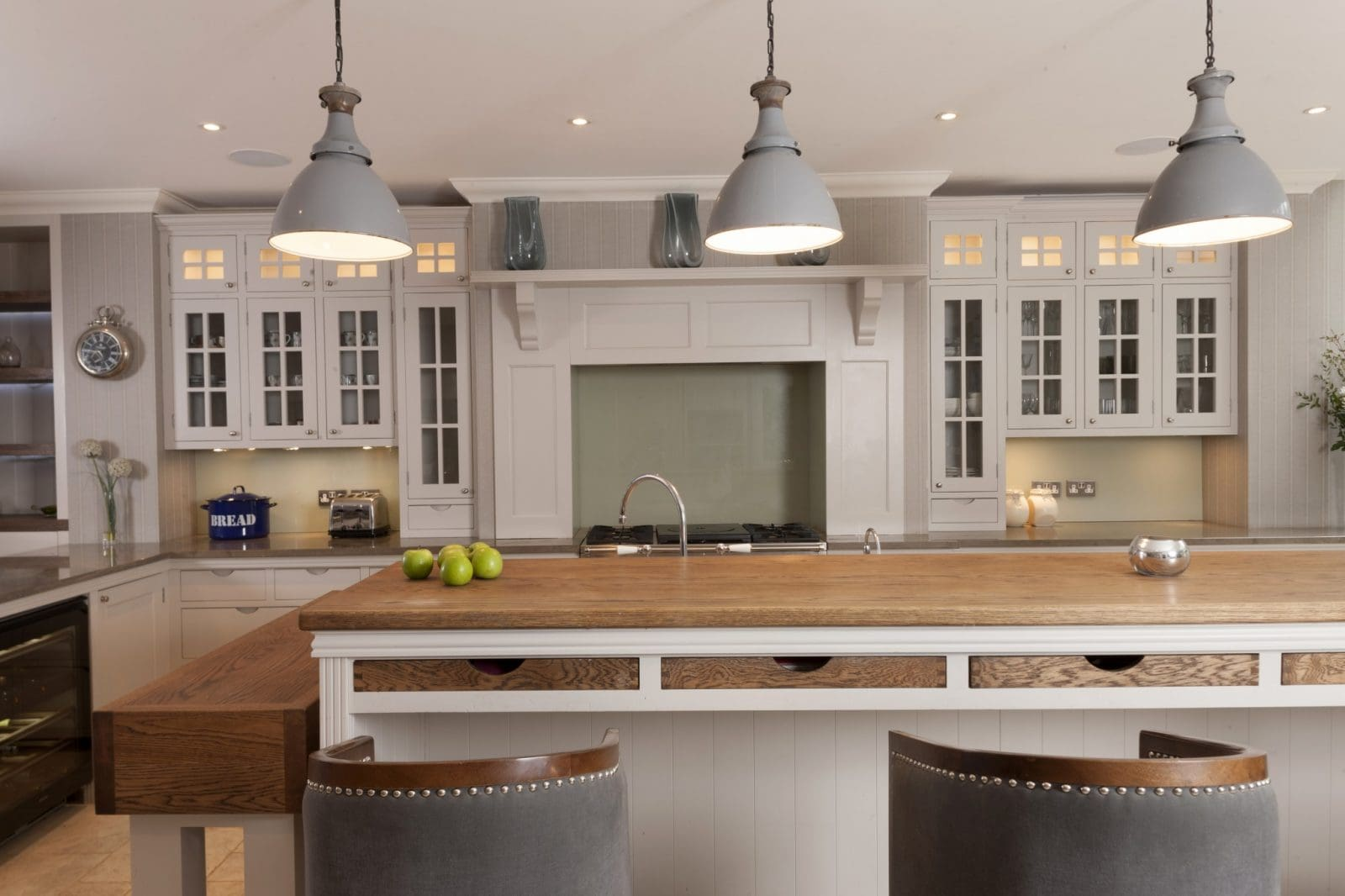 Traditional Kitchen Hammersmith Grove Traditional Kitchen Higham Furniture