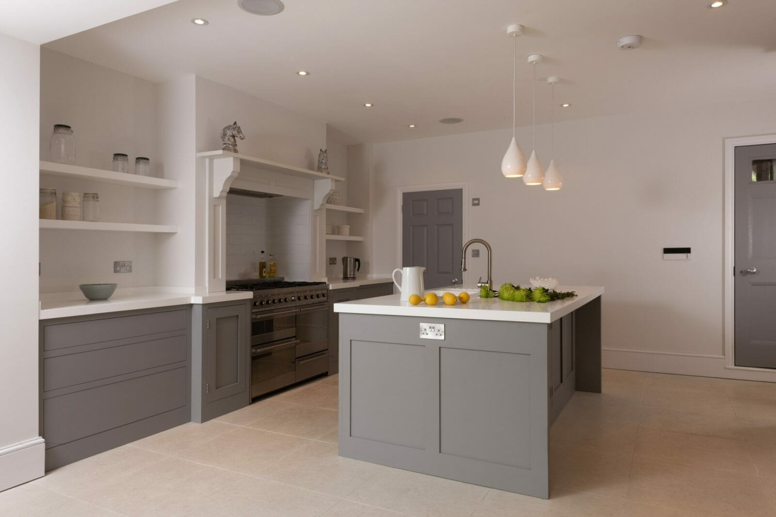 Battersea london handleless shaker kitchen higham furniture Handleless kitchen drawers design