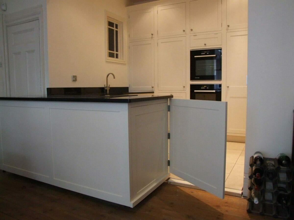 Northampton Painted Shaker Kitchen