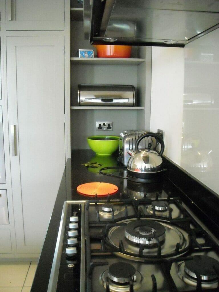 Clapham Shaker Kitchen: Handmade Painted Kitchen