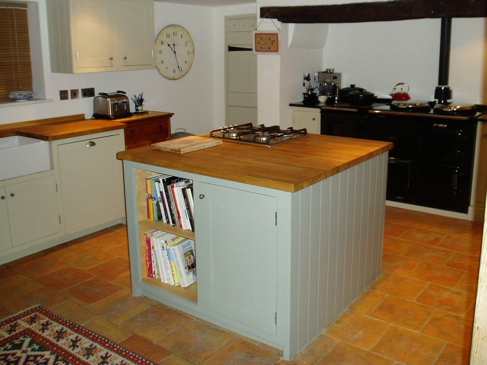 Clapham Shaker Kitchen: Huntingdon, Cambridgeshire Painted And Oak Shaker Kitchen