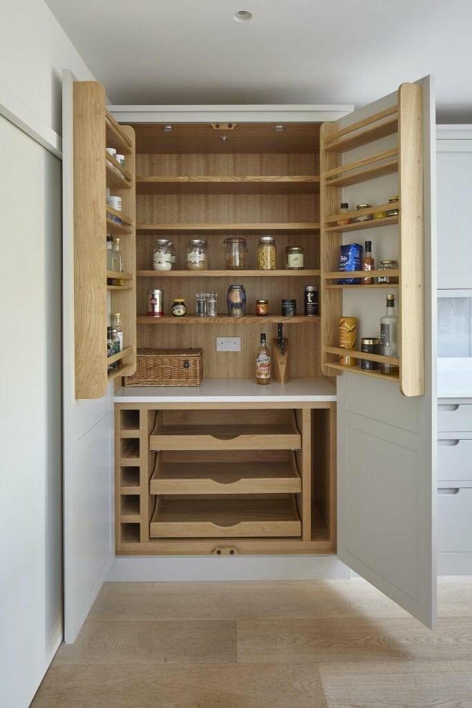 Claygate Handleless Shaker Kitchen Larder