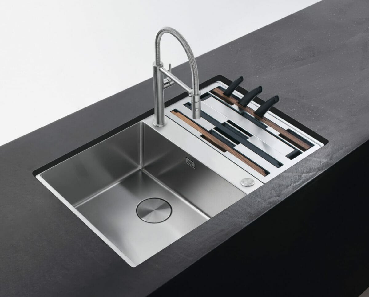 Box Center Undermount Sink with double bowl and accessory set with boards, racks, knives and strainer